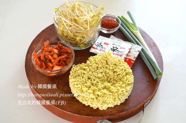 食譜」 韓式解酒料理 泡菜黃豆芽湯麵, 김치콩나물라면 by 韓國餐桌