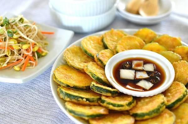 韓式涼拌黃豆芽和櫛瓜煎餅食譜