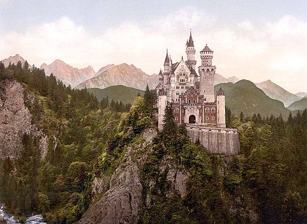 1200px-Neuschwanstein_Castle_LOC_print_rotated.jpg