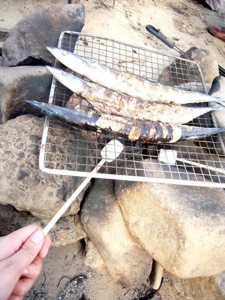 20091026仙台芋煮-烤秋刀