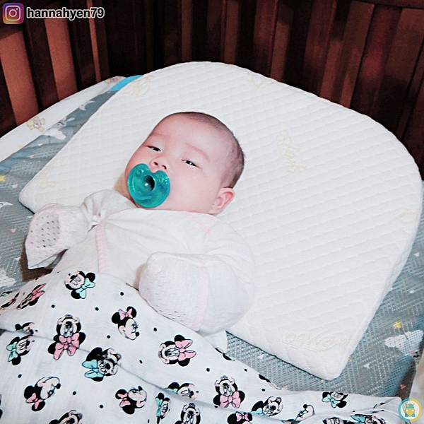 懷孕育兒║孕期托腹║防吐奶║ GreySa格蕾莎 母嬰專用仰角枕║育兒生活║防溢乳║斜坡枕║喝奶輔助║育兒開箱║我不要變成黃臉婆