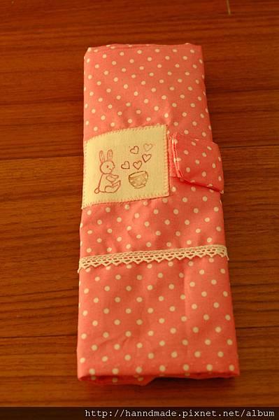 粉色小兔餐具包.JPG