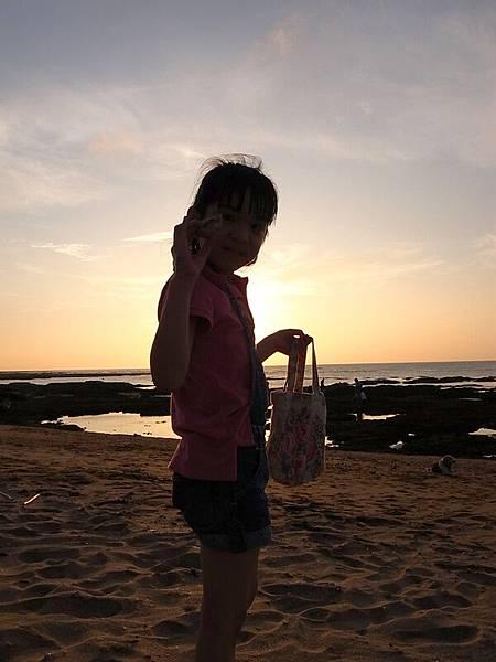 愛貝殼的小女生
