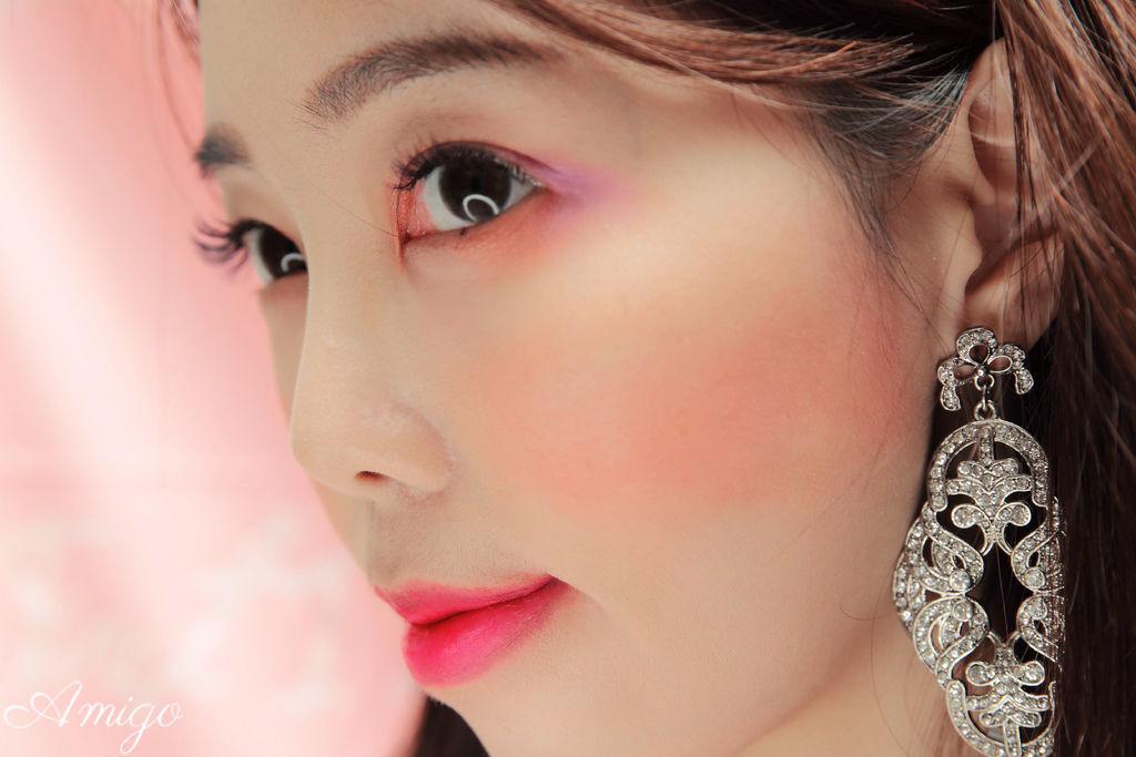 J. Cat Beatuy彩妝,單色金礦眼影,極致豐澤唇膏,迷戀晶彩腮紅