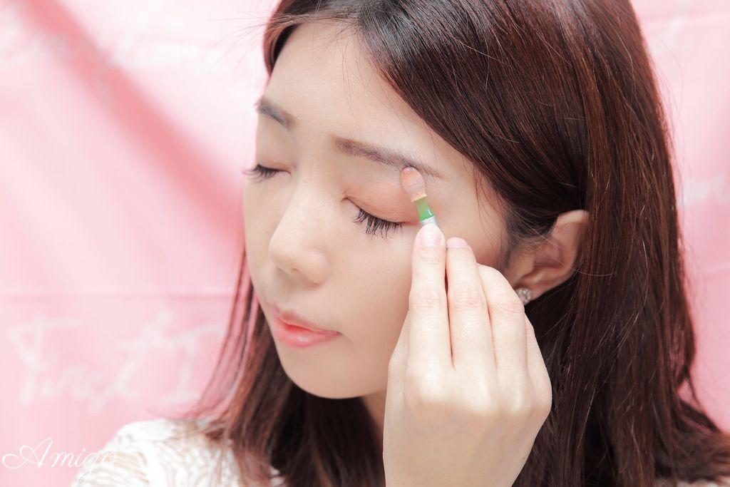 【妆容】Spring春天感高彩度金属独角兽系光泽眼妆-3CE/J. Cat Beauty彩妆