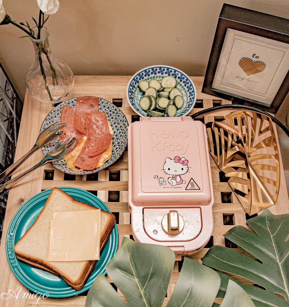 HELLO KITTY熱壓三明治機/鬆餅機