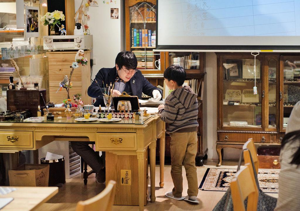 全國首創鋼筆字入門親子班課程韓玉青老師