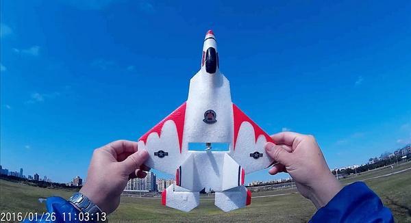 F-22藍天大風擷圖-01e.jpg