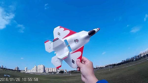 F-22藍天大風擷圖-08e.jpg