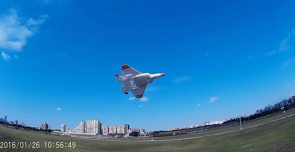F-22藍天大風擷圖-10e.jpg