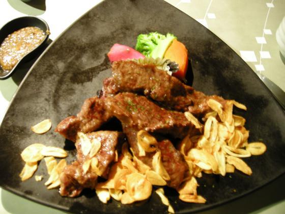 瓦片蒜牛肉.jpg