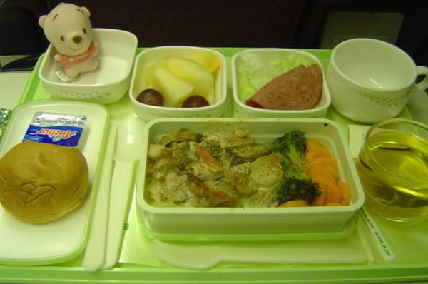 飛機上的第一頓--晚餐