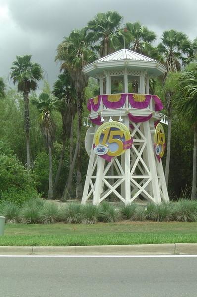 蓮路邊的迪士尼15年的裝飾很很可愛