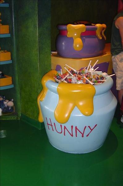 蜂蜜罐裡滿滿的棒棒糖