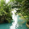 美美的游泳池