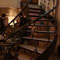 [高盧]樓梯往上