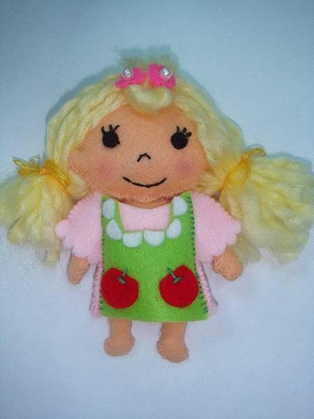 [不織布]--吳薇薇的32娃娃