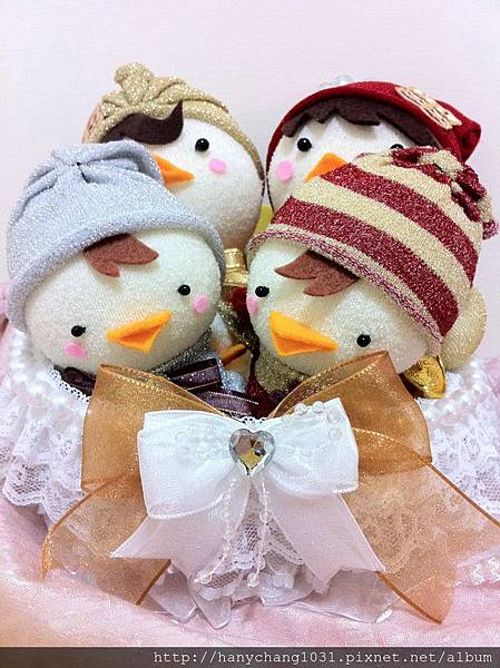 [婚禮小物]--自己手工縫製的帶路雞