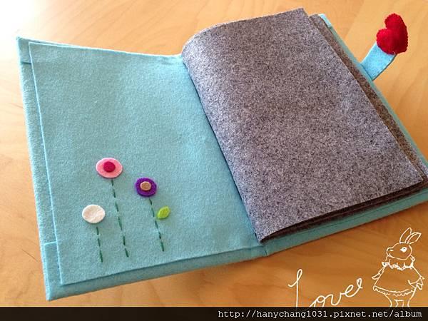 [不織布相簿]-- 封皮有手縫小花