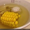 玉米菇菇魚丸湯