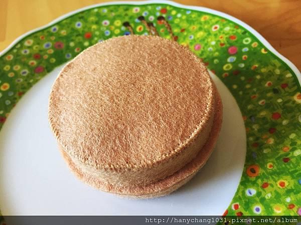 [不織布手作物]--美味紅豆餅.JPG