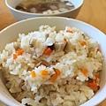 日式胡蘿蔔菇菇炊飯