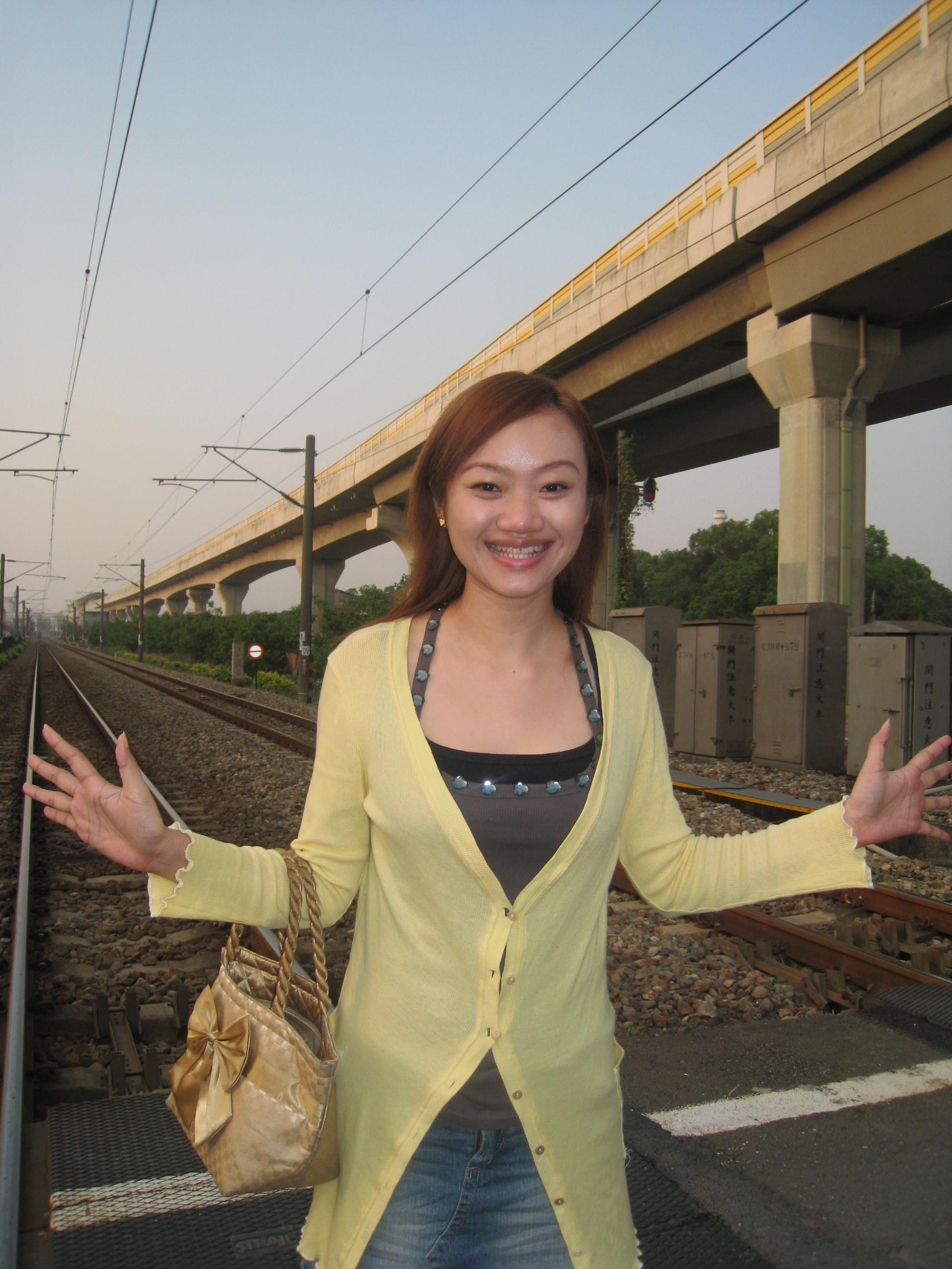 鐵軌這麼大!!