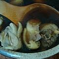 雞湯用的可是台東放山雞