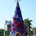 高捷聖誕樹白天景象-1.jpg