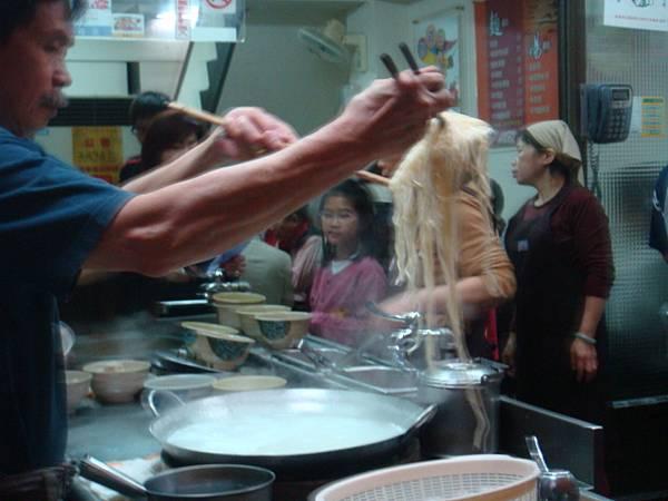 [金記溫州餛飩]-一起煮一大鍋,再分裝