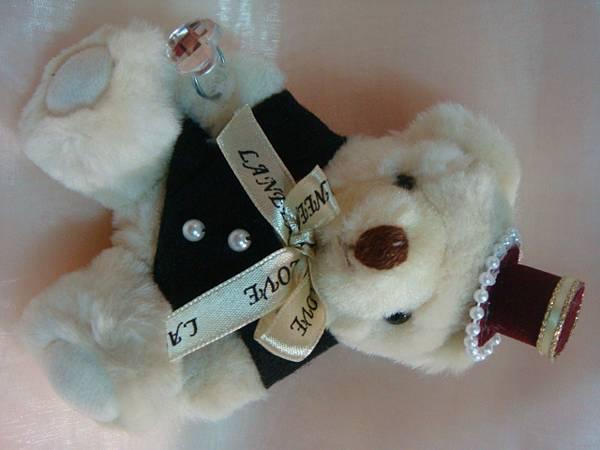 [婚禮小熊]--這次新郎的黑西裝剪裁不同!!
