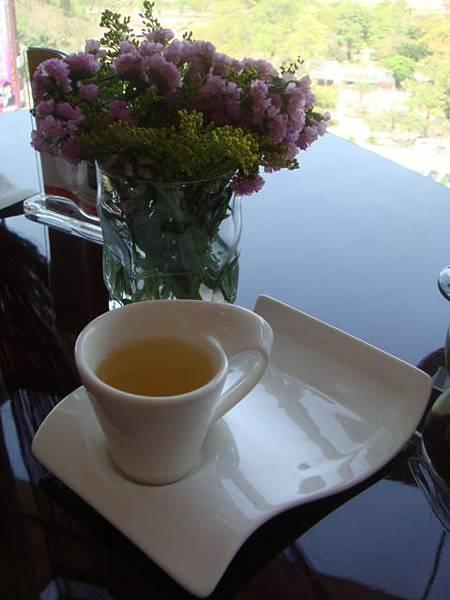 放鬆吃蛋糕喝茶!!爽~~