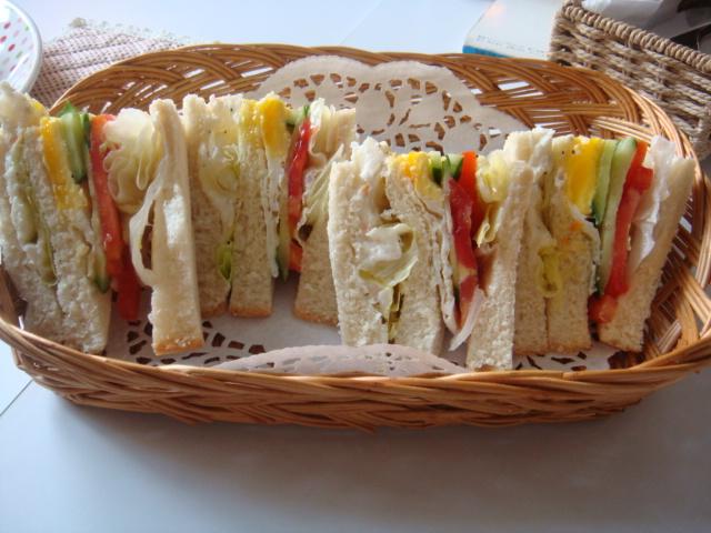 [HANA]--鮪魚鄉村三明治