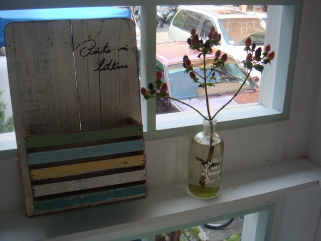 [HANA]--窗台邊的小花瓶