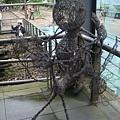 [金瓜石]--園區內好多這樣的雕塑品!!