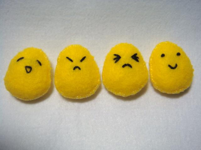 [不織布手作物]--蛋蛋的喜怒哀樂