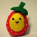 [不織布手作物]--草莓蛋