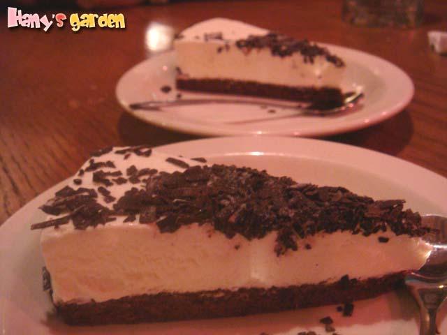 [Out Back]--原以為是起司蛋糕