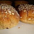 [德義坊]--蜂蜜燕麥麵包