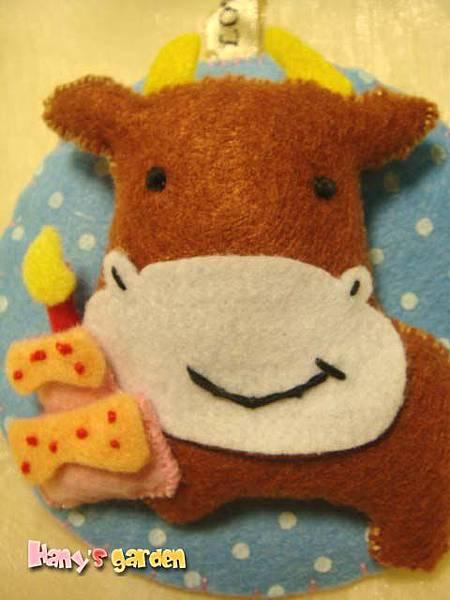 [不織布]--咖啡色的牛!