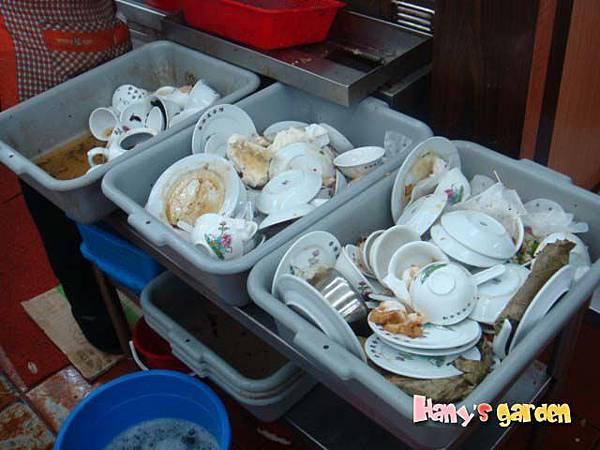 [香港蓮香樓]--生意忙到沒時間洗碗碟