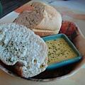 麵包和柳橙優格沾醬