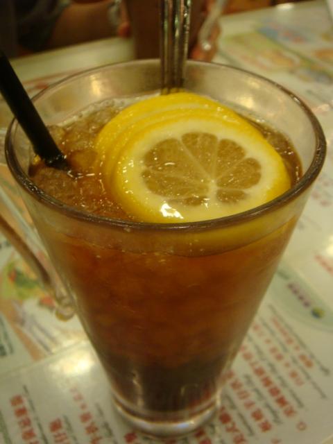 『香港翠華餐廳』--特色就是碎冰特多