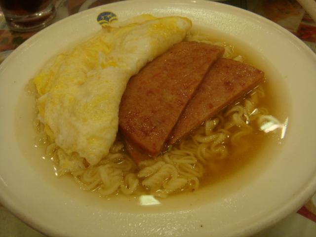 『香港翠華餐廳』--午餐肉在這裡~