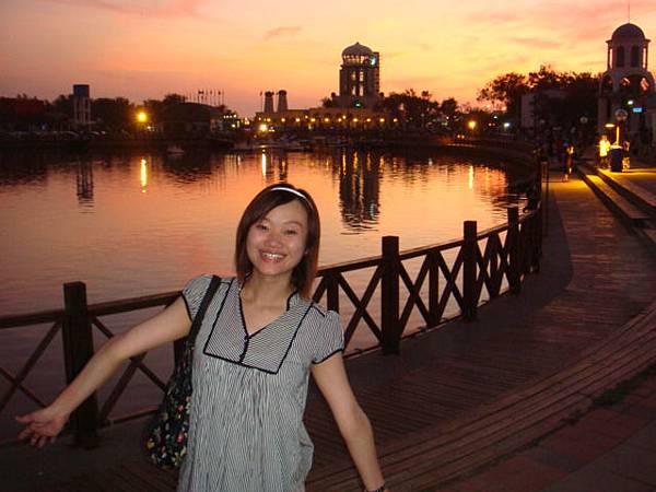 新竹‧南寮漁港--這的夜景也很美!!