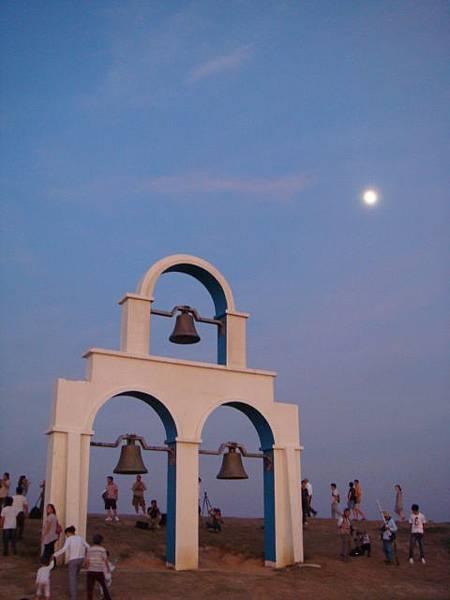 新竹‧南寮漁港--美景伴明月!