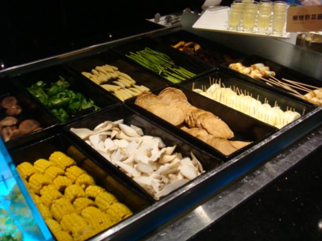 [燒肉大將]--蔬菜區(玉米、香菇、青椒)