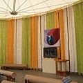 『南投的紙教堂』--牆上彩色的也是紙藤