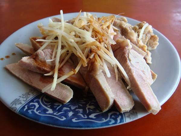 『埔里的胡國雄切仔麵』--豬舌,脆又好吃!