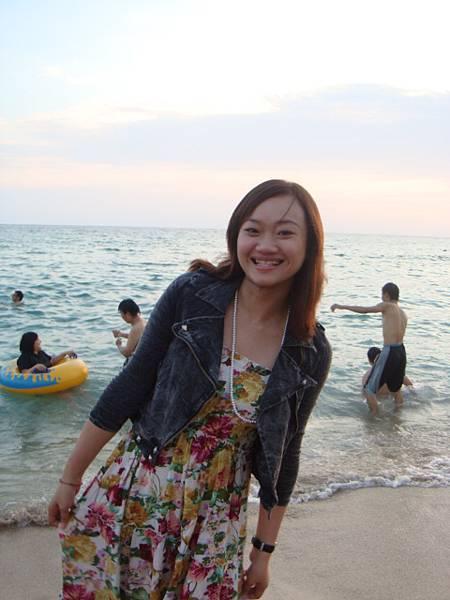 花花裙配海灘